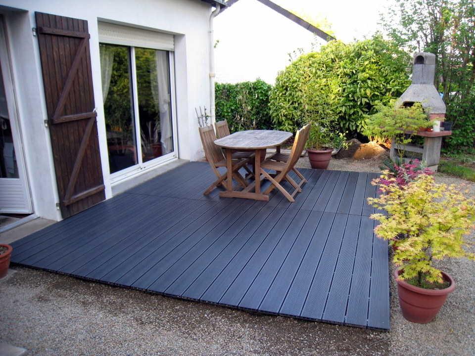Terrasse posite gris anthracite pas cher veranda