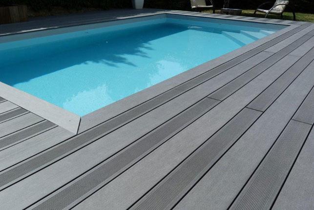Terrasse posite autour piscine Mailleraye jardin