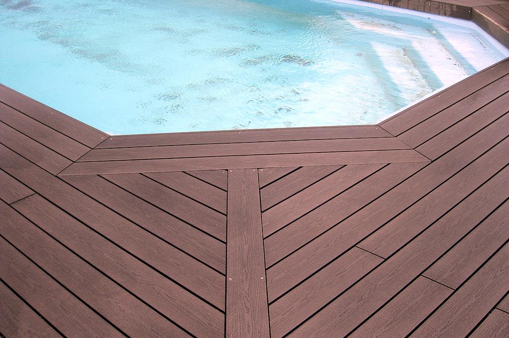 Terrasses en bois pour piscines
