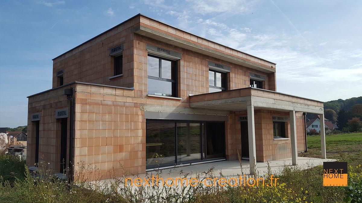 Maison toit plat avec terrasse couverte Nexthome Création