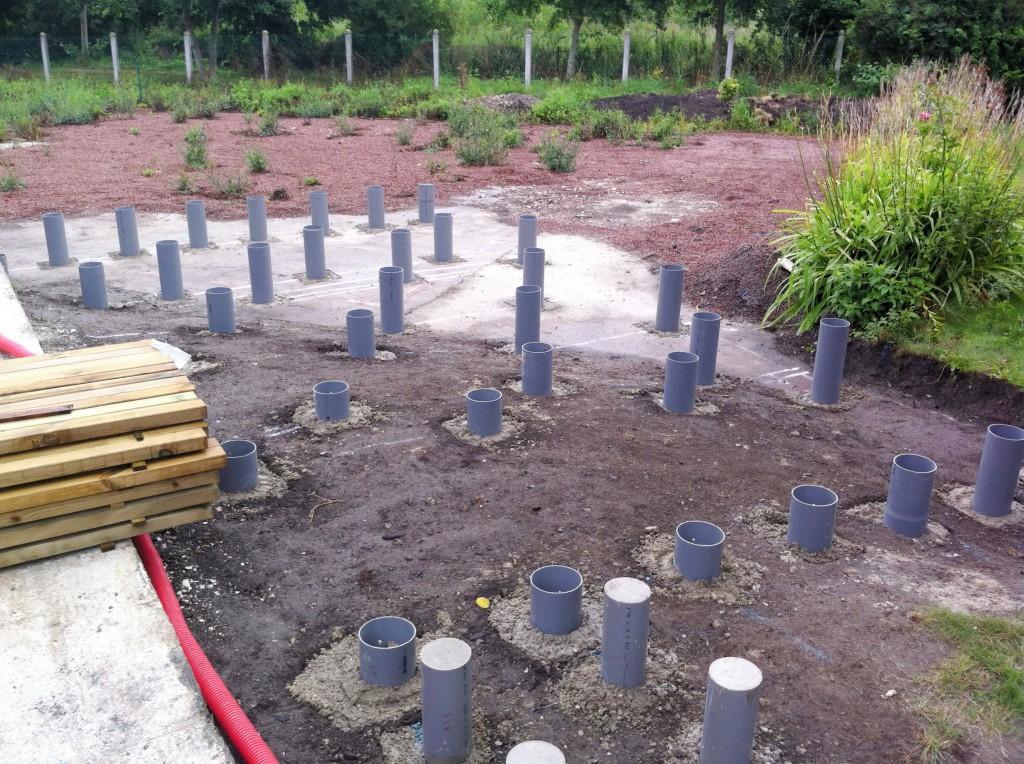 Terrasse bois posite sur plots beton