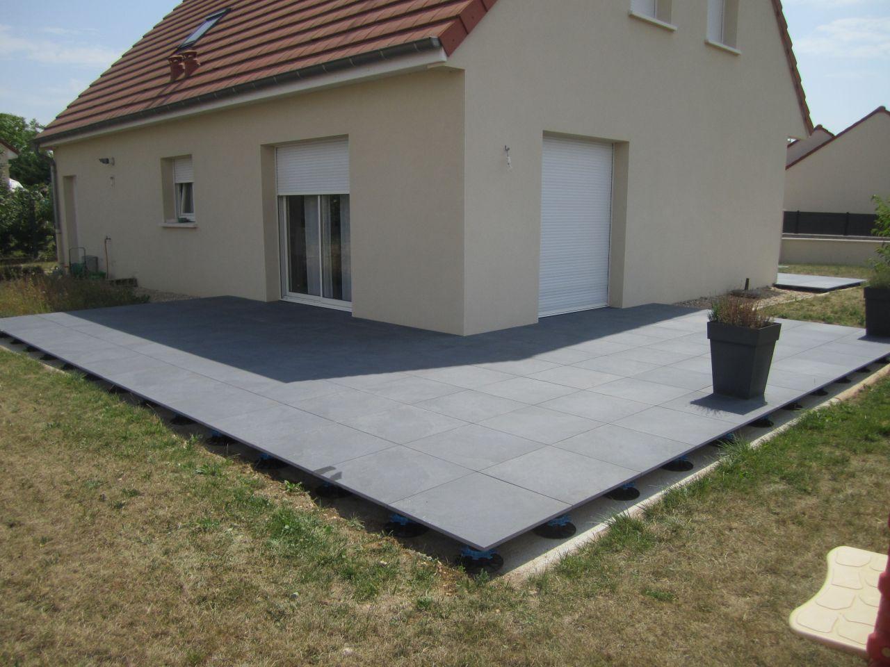 Finition terrasse dalle beton sur plot veranda styledevie