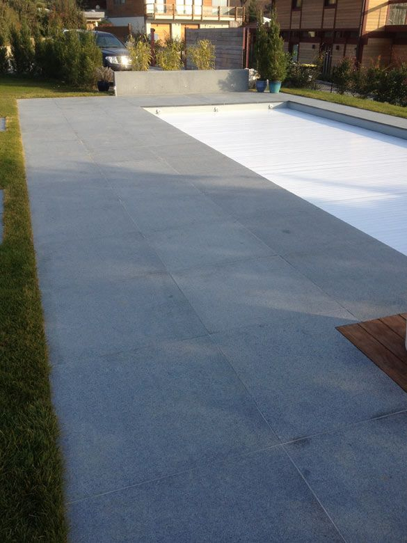 Terrasse en pierres naturelles Granit gris et