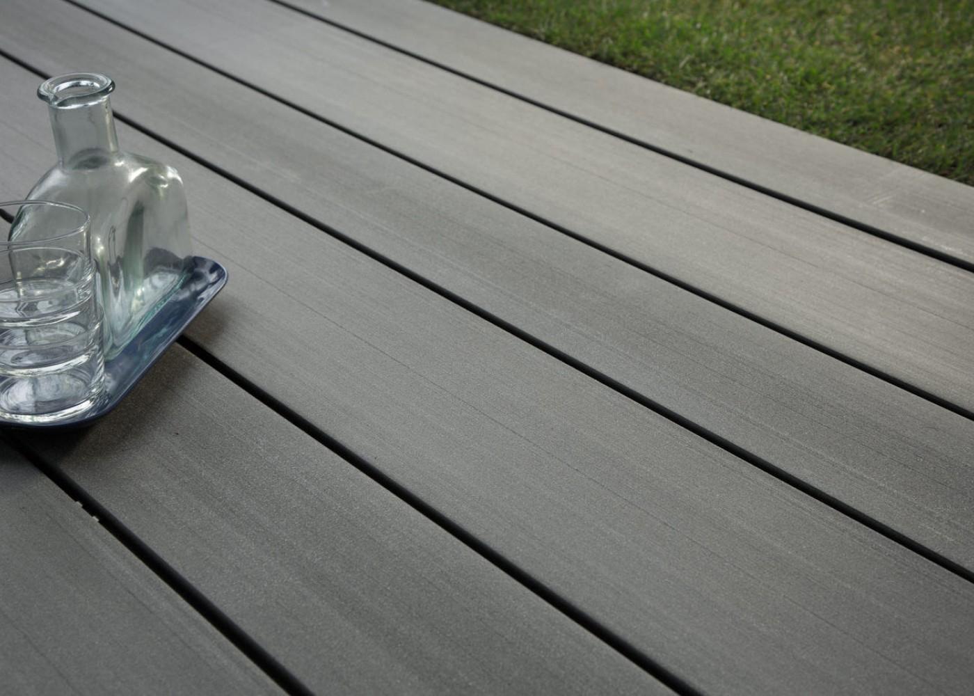 Terrasse En Lame Composite Lame De Terrasse En Bois Posite Teinte Gris Anthracite