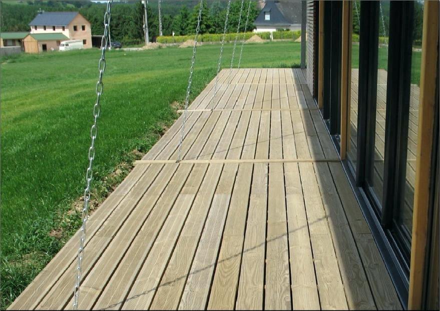 Tout savoir sur l entretien d une terrasse en pin
