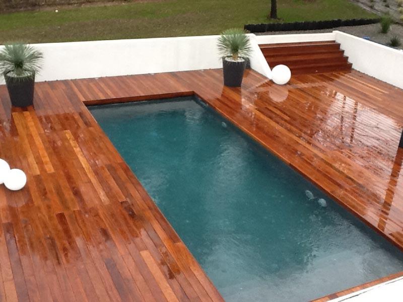 terrasse piscine en teck