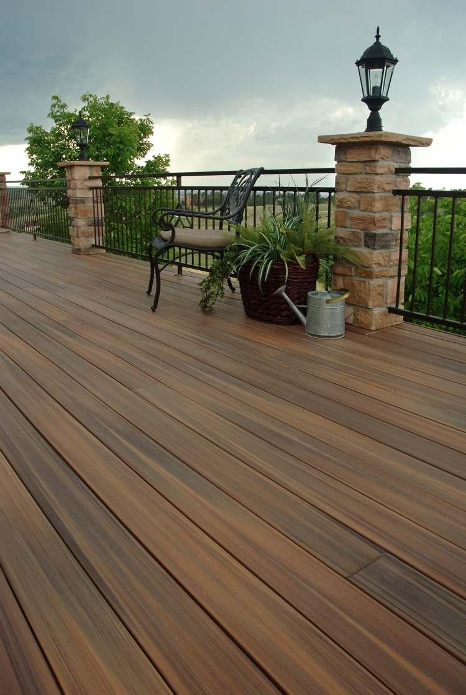 Terrasse en lames posites – avantages et inconvénients