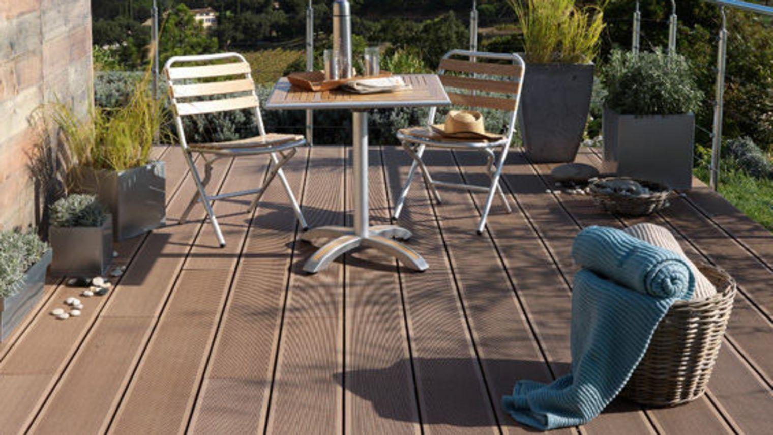 Terrasse exterieure bois ou posite Nos Conseils