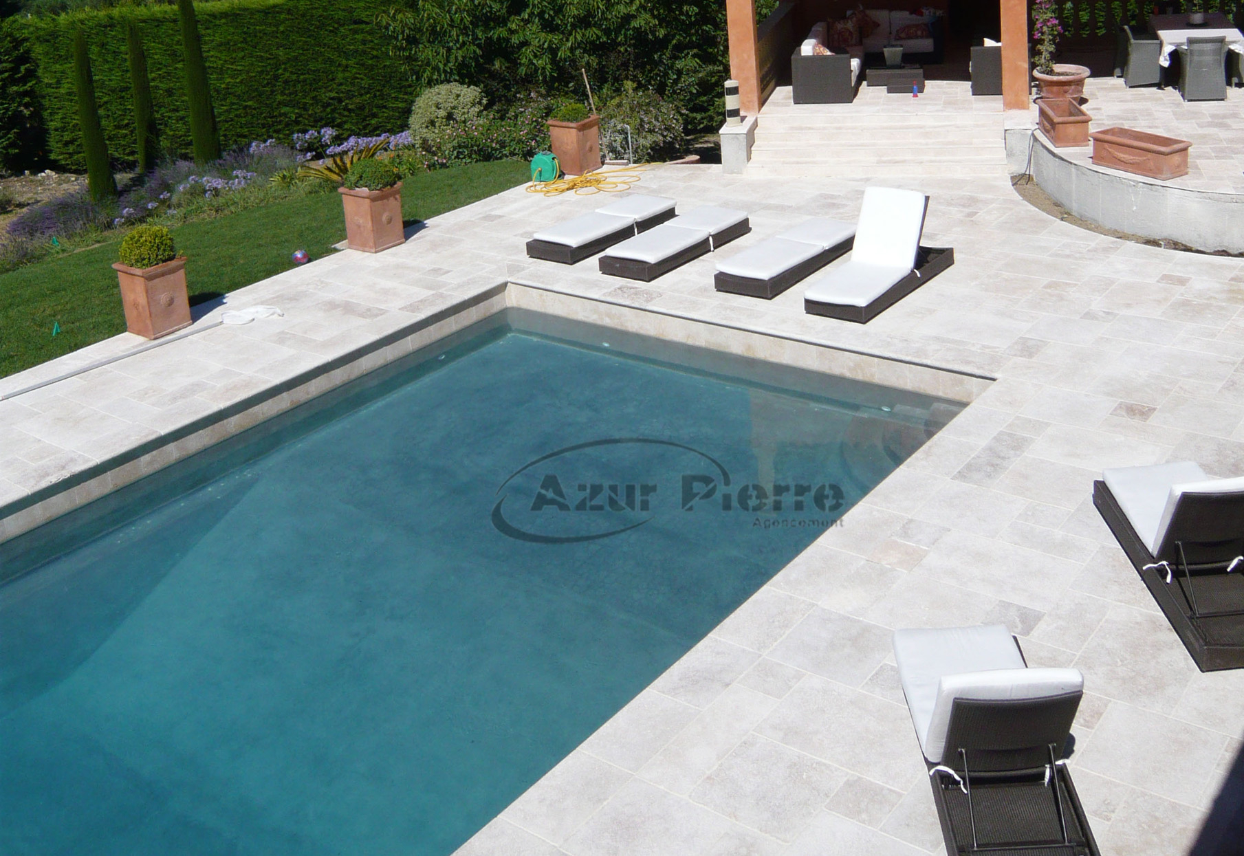 plage piscine travertin gris