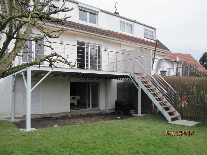 Terrasse suspendue en bois Balcon inox et métal