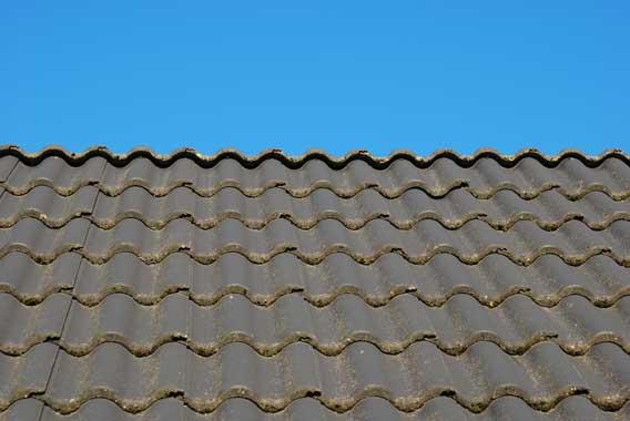 toit maison tuiles en betonBati Colman