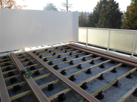 Membrane toiture plate