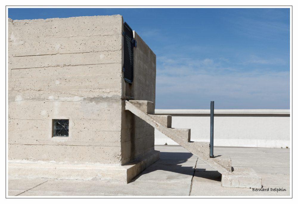 Le toit terrasse de la Cité Ra use de Marseille