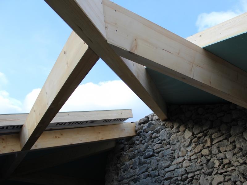 Isolation thermique des rampants de toit par l'extérieur