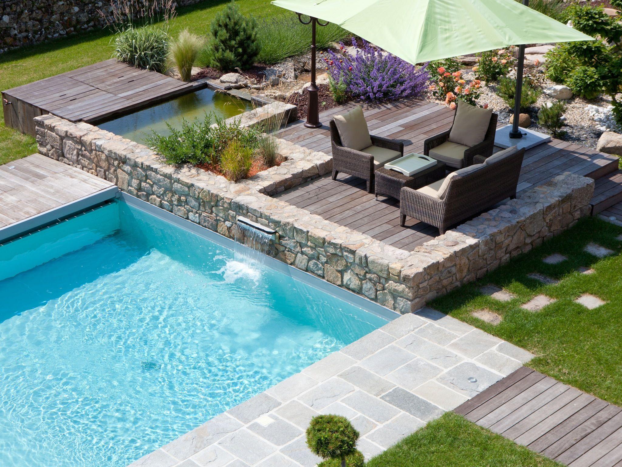 La piscine paysagée par l esprit piscine Piscine 6 x 5 m