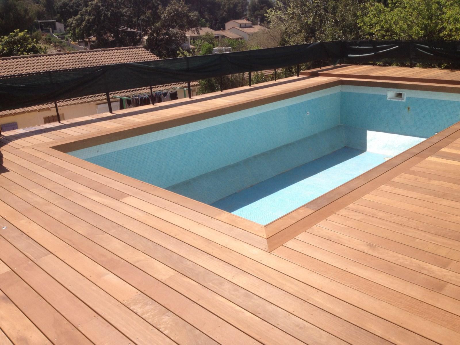 Tour de piscine en Itauba à Lancon de Provence Les