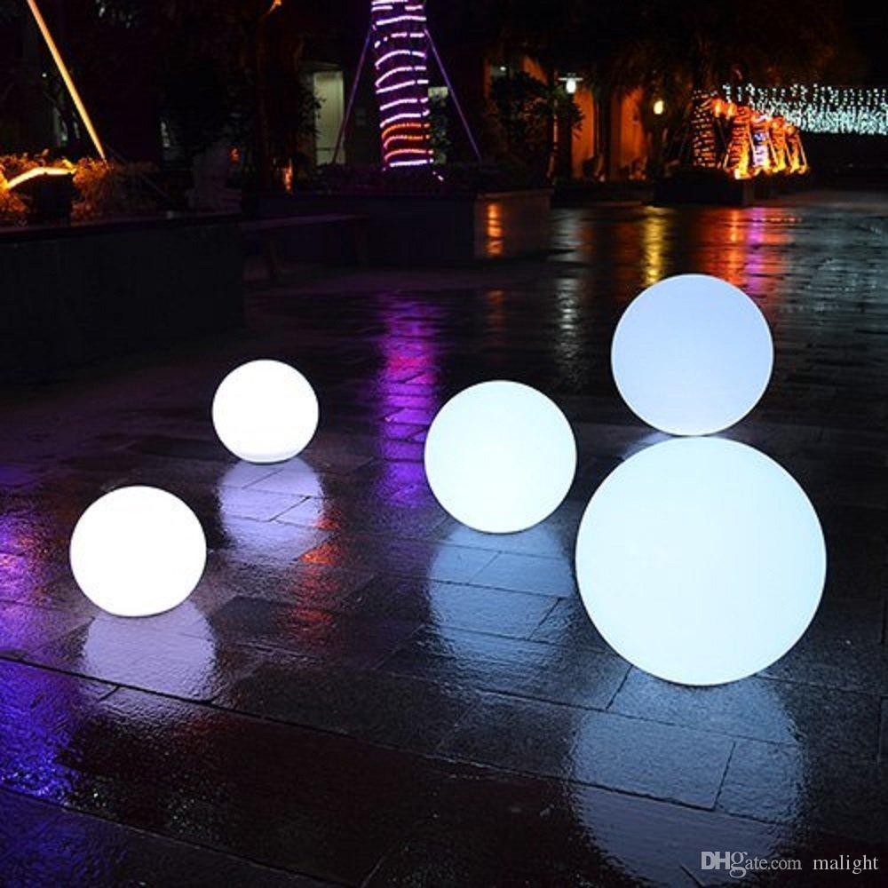 Acheter Led Boule Lumineuse Charge Étanche Lumineuse Cour Extérieure  Pelouse Décorative Étage Créatif Lumière Led Jardin Décoration Clignotant  Balle ... à Boule Lumineuse Jardin