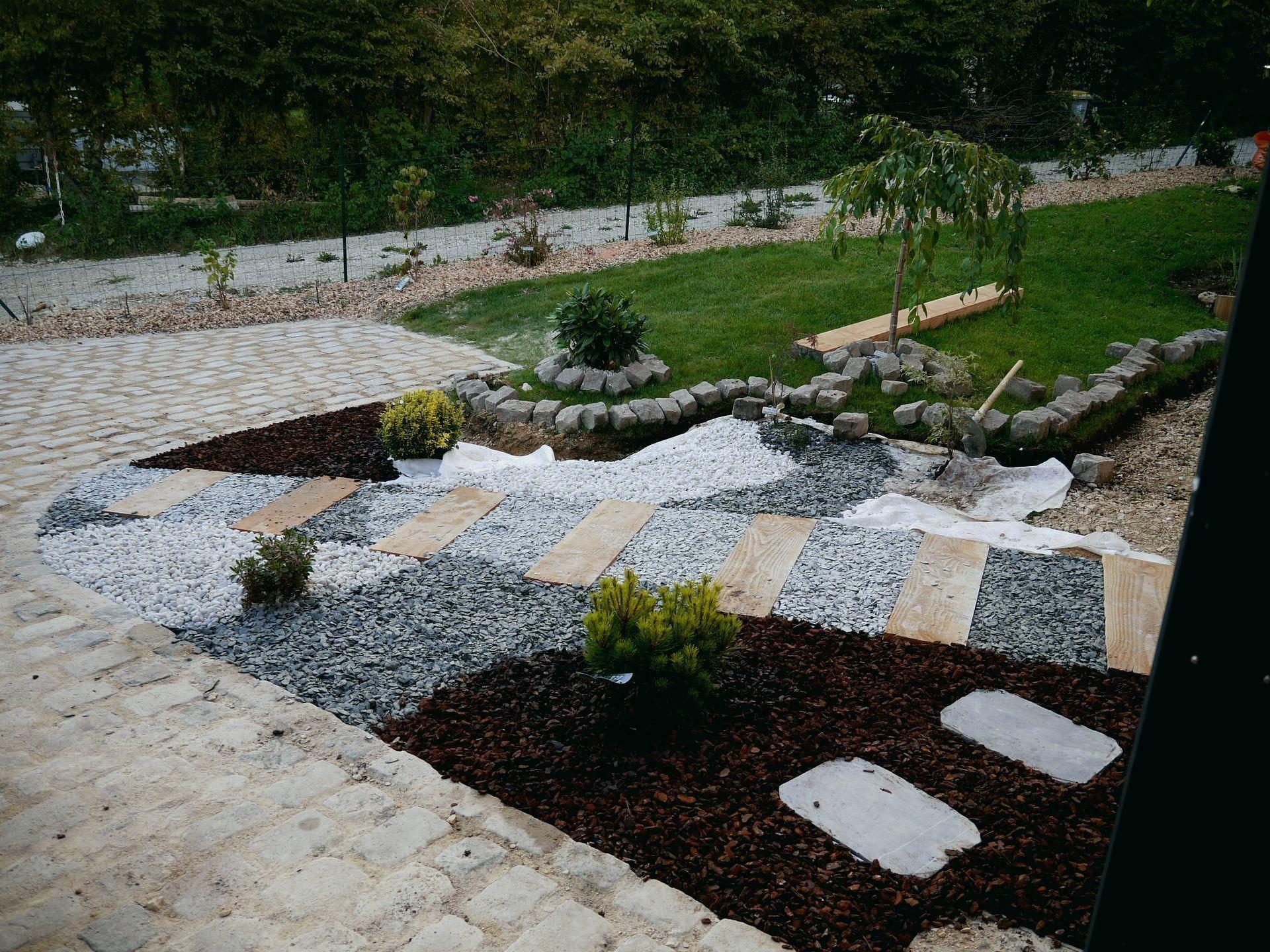 All E De Jardin Pas Cher Design De Maison Bordure Alle ... avec Salon De Jardin Plastique Pas Cher