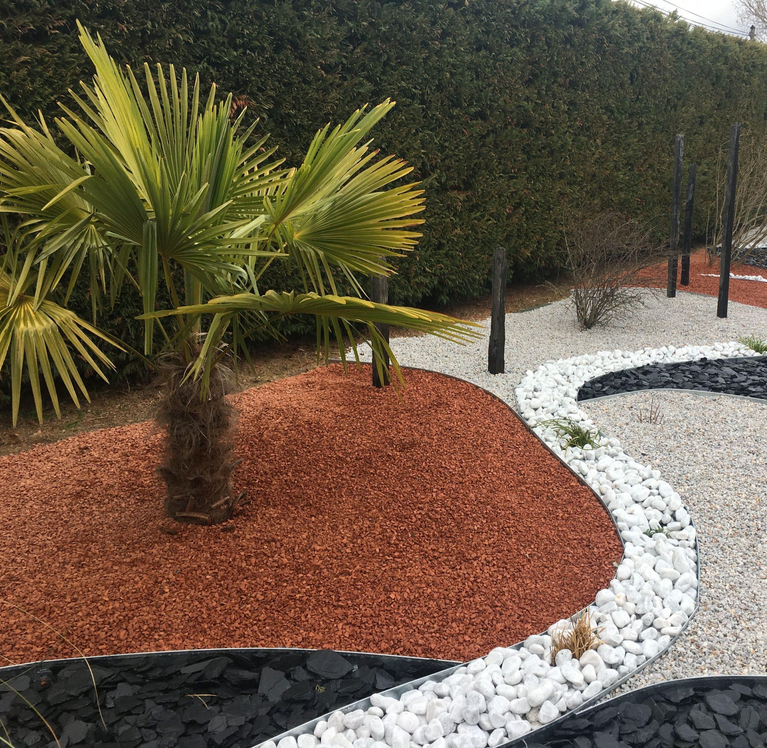 Aménagement Minéral: Schiste / Paillettes Ardoise / Galets ... dedans Jardin Avec Galets Blancs