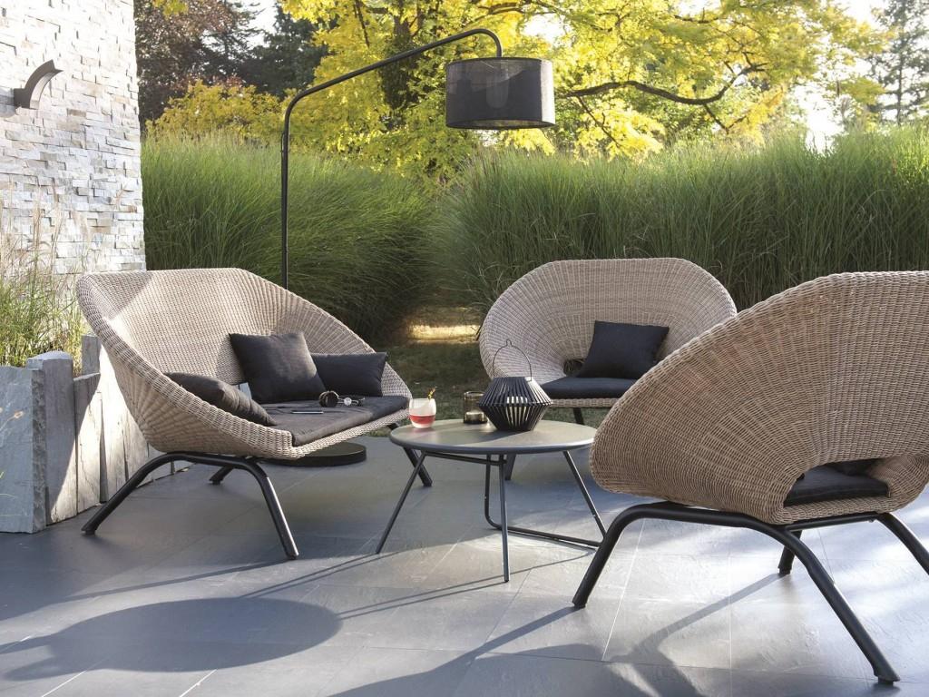 Aménager Un Salon De Jardin Chic À Prix Doux - Joli Place tout Canapé De Jardin Pas Cher