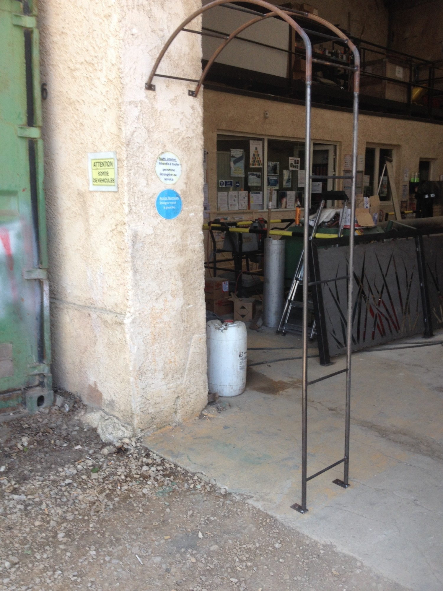Arche De Jardin En Fer Forge A Martigues Fabrique Sur Mesure ... encequiconcerne Arche De Jardin En Fer