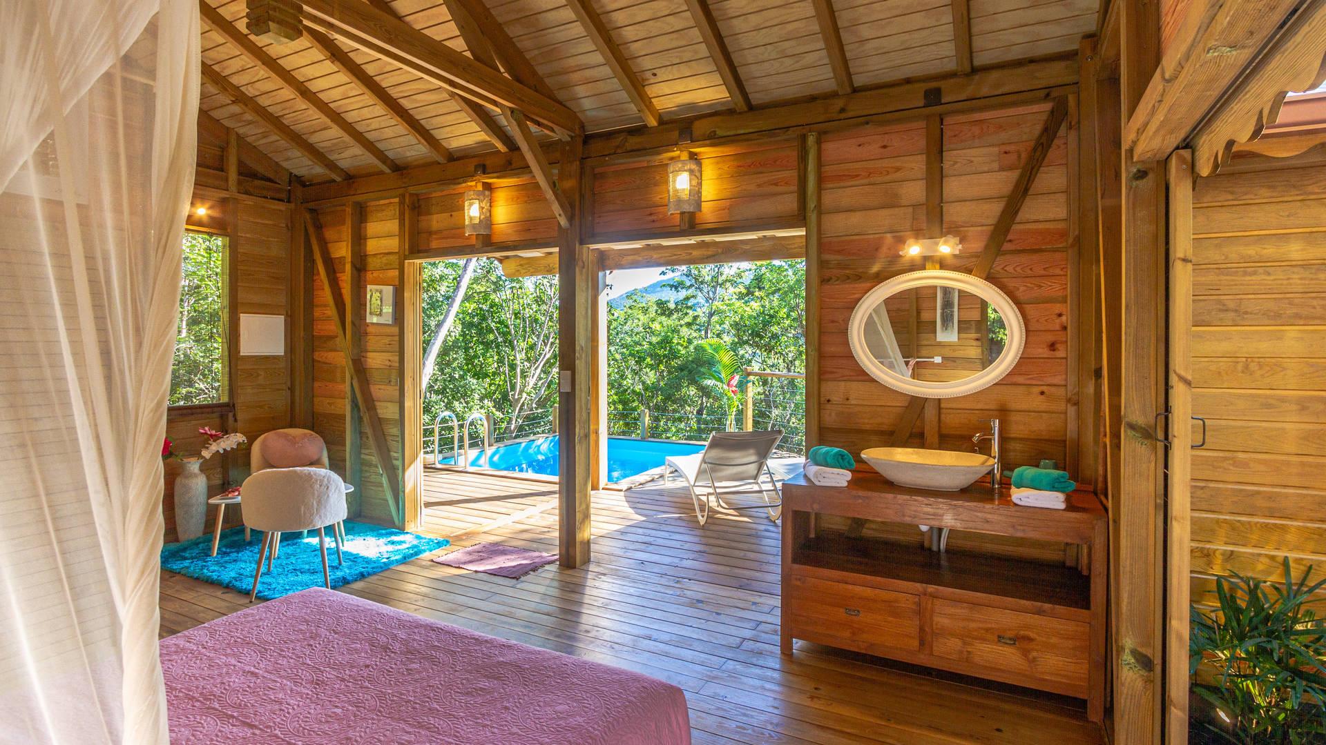 Au Jardin Des Colibris | Deshaies, Guadeloupe | Bon Travel à Au Jardin Des Colibris