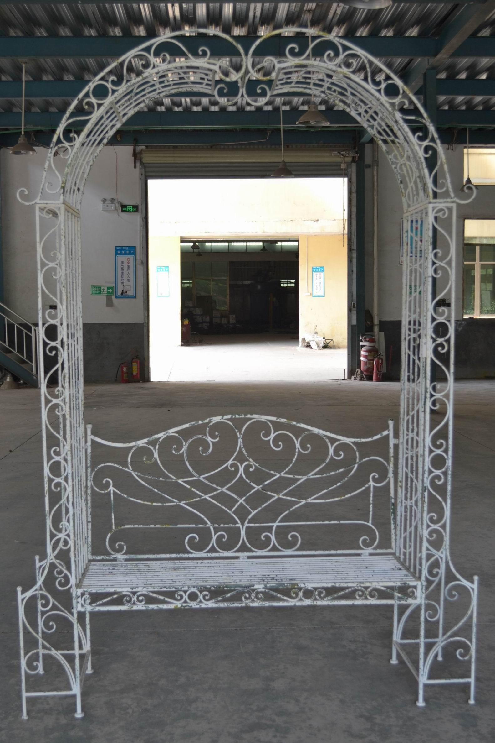 Banc Arche En Fer Forgé Patiné Blanc Antique à Arche De Jardin En Fer