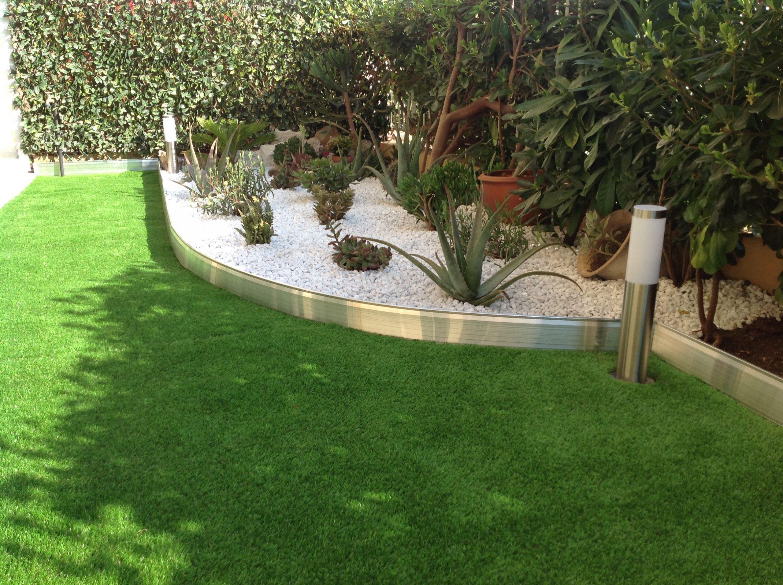 Bordure De Jardin En Aluminium Brut Avec Éclairage Led ... destiné Bordure Jardin Pas Cher