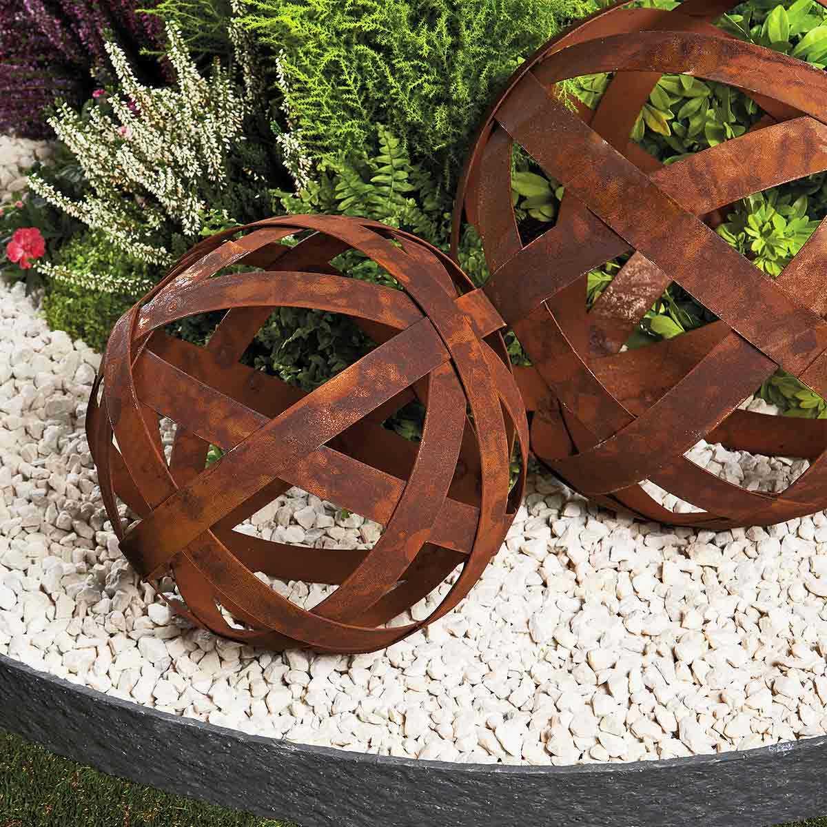Boule À Arceaux - Déco Jardin En Métal encequiconcerne Boule Décorative Jardin