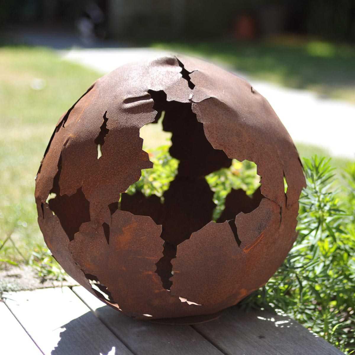 Boule En Métal Découpe Laser concernant Boule Décorative Jardin