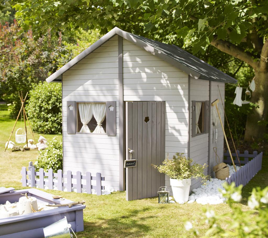 Cabane Au Bout Du Jardin | Castorama | Flickr concernant Cabane De Jardin Castorama