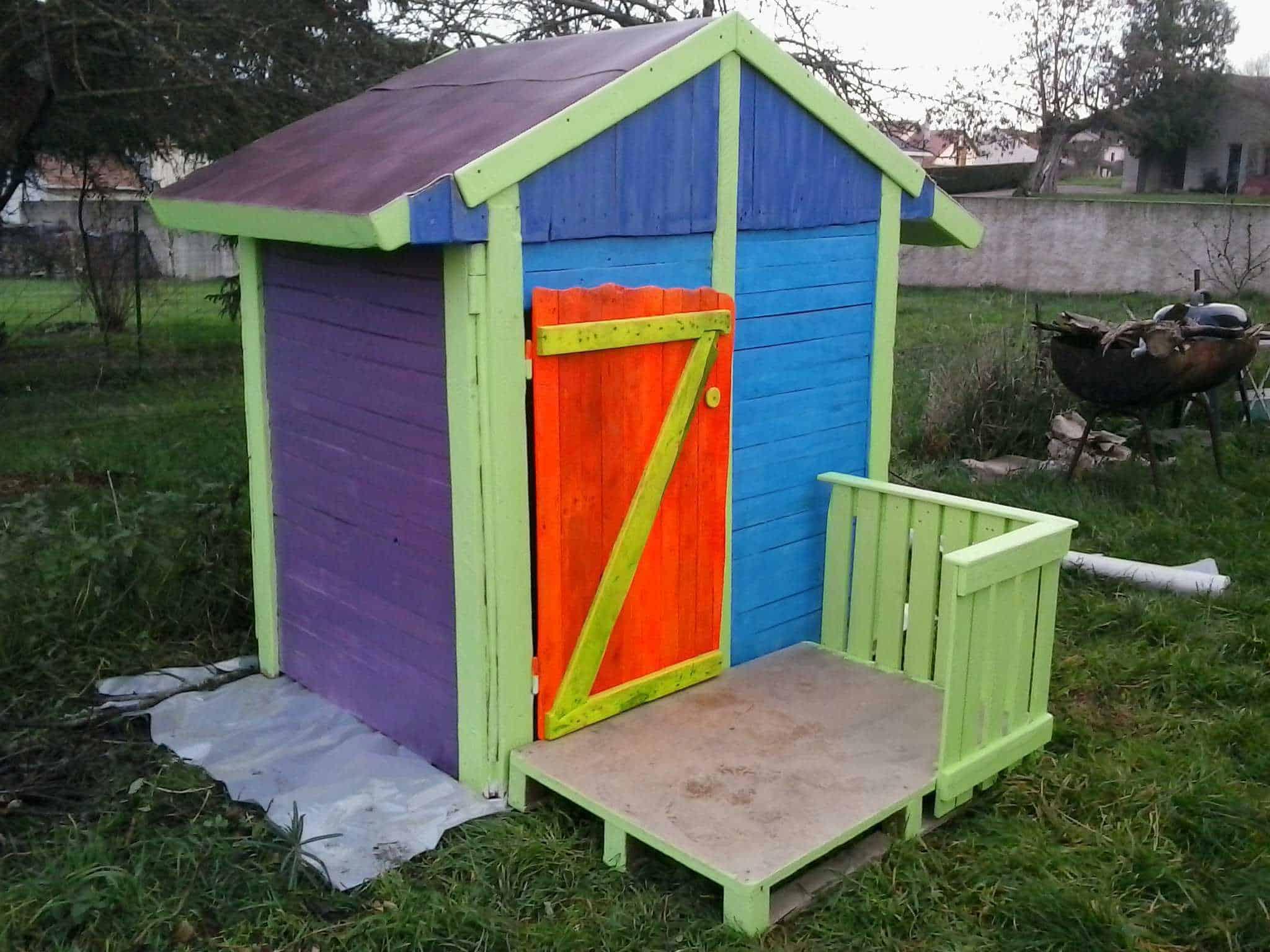 Cabane De Jardin Pour Enfants / Children Play House & Its ... intérieur Cabane De Jardin Pour Enfants