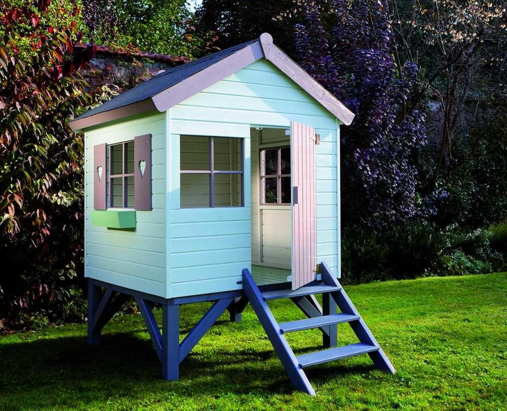 Cabane En Bois Pour Enfant Sur Pilotis Peinte En Gris Taupe ... tout Peinture Abri De Jardin