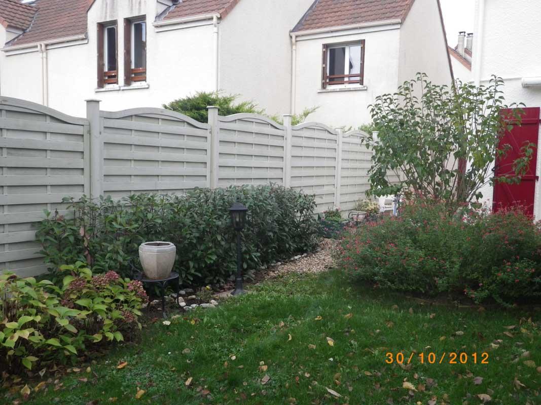 Cl%c3%b4Ture Bois Panneaux Bois Claustras - Clôture Bois ... à Barrière Bois Jardin