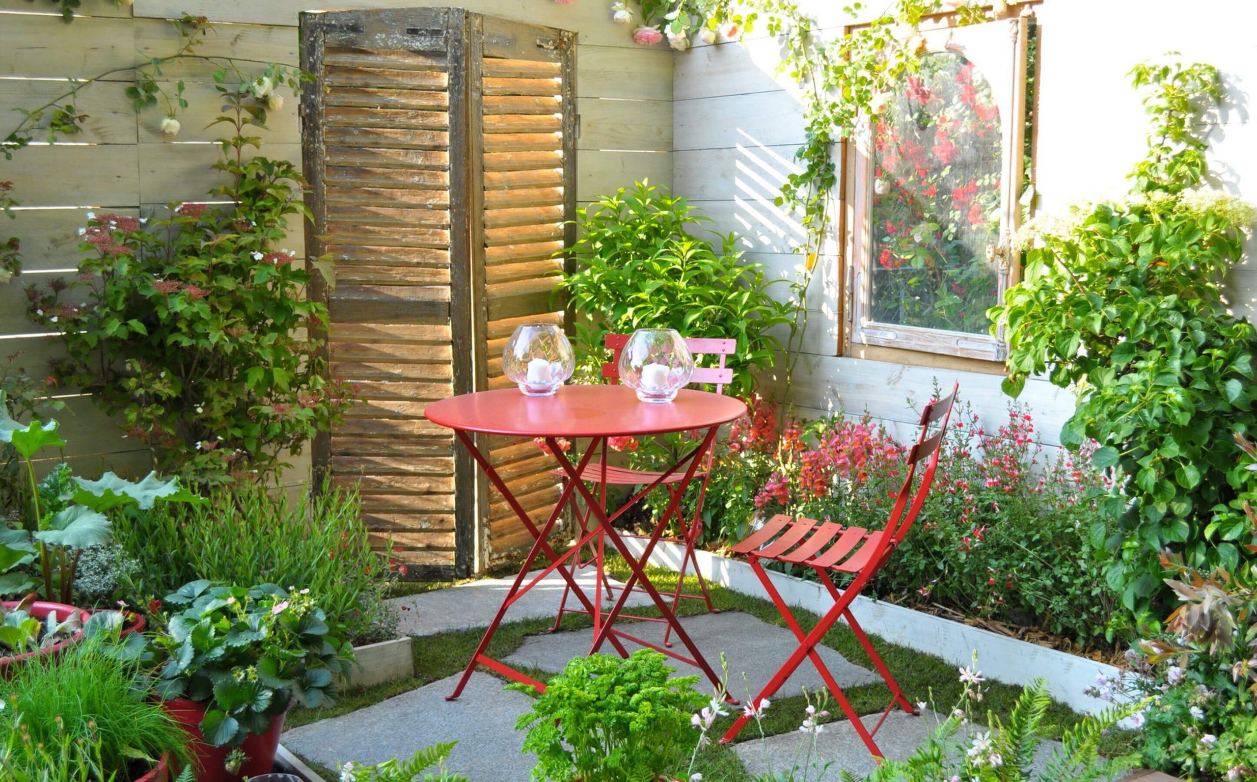 Comment Créer Un Petit Jardin De Ville ? - Le Blog De ... destiné Petite Barriere Jardin