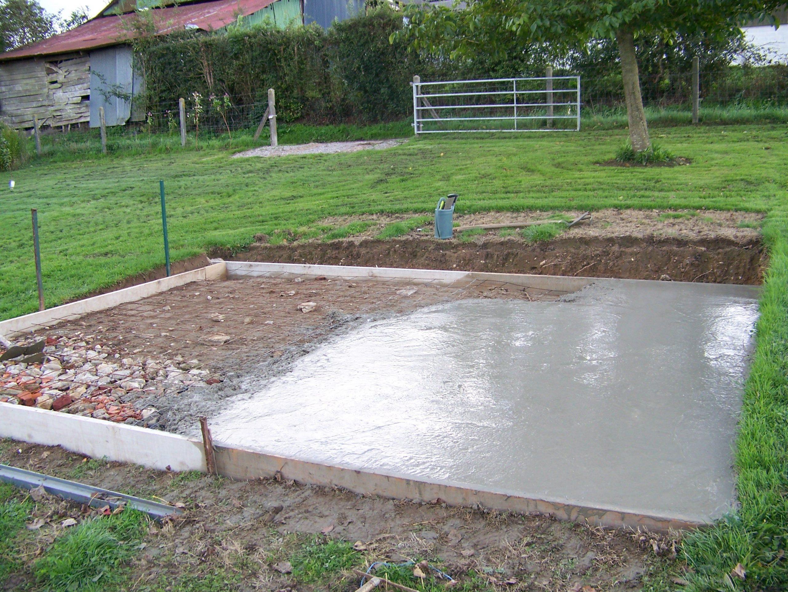 Comment Faire Une Dalle En Béton Pour Un Abri De Jardin? encequiconcerne Fondation Abri De Jardin