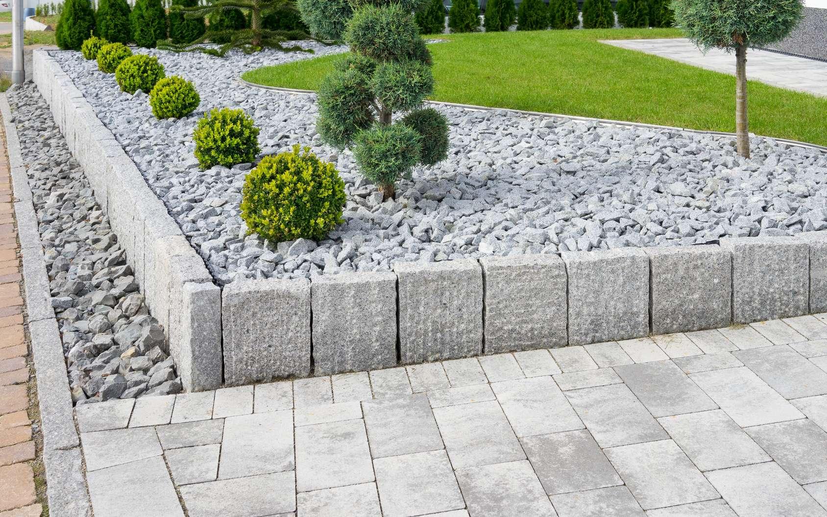 Comment Faire Une Rocaille Dans Un Jardin ? intérieur Grosse Pierre Decoration Jardin