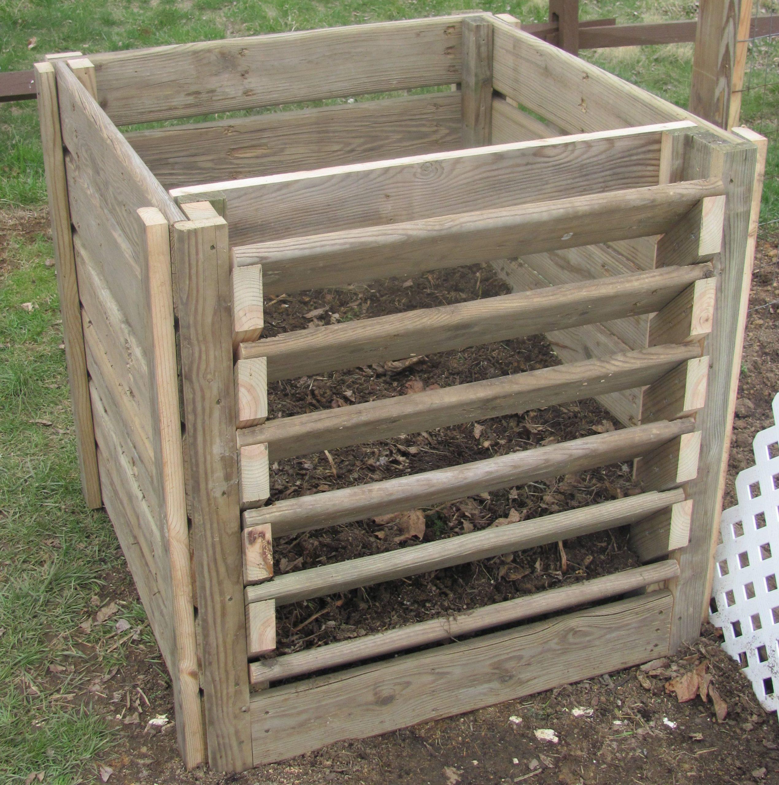 Compost Bin | Idées De Bricolage De Jardin, Composteur Et ... encequiconcerne Composteur De Jardin
