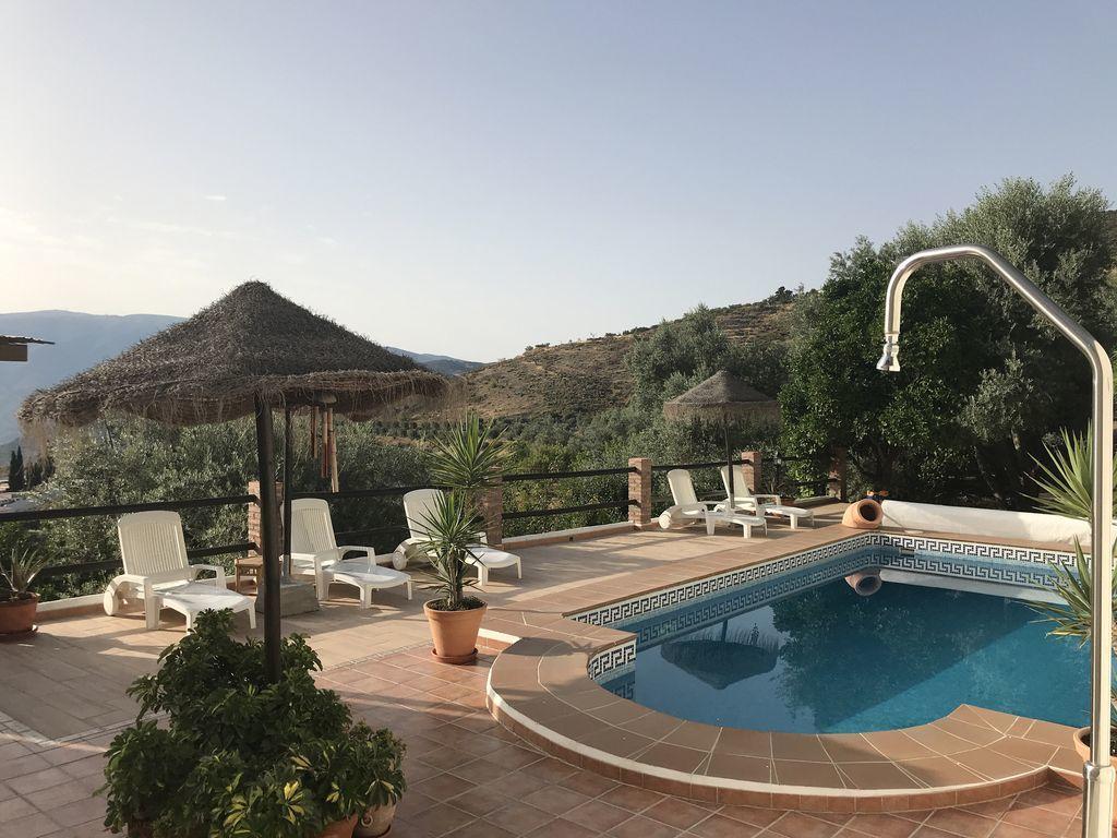 Daire Jardin Andaluz (İspanya Pinos Del Valle) - Booking destiné Salon De Jardin Nevada