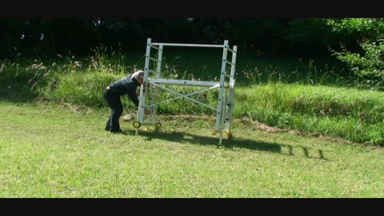Échafaudage Dans Un Terrain En Pente Avec Le Kit De Rattrapage De Niveau  Fénix destiné Echafaudage De Jardin