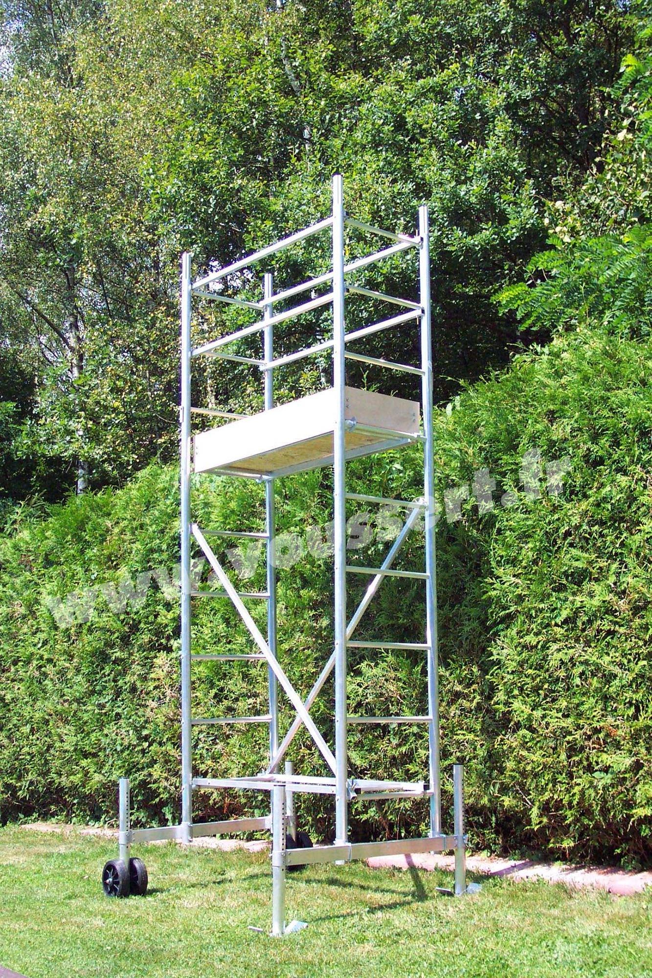 Echafaudage Roulant Aluminium Hauteur Travail 4,5 M Taille Haie dedans Echafaudage De Jardin