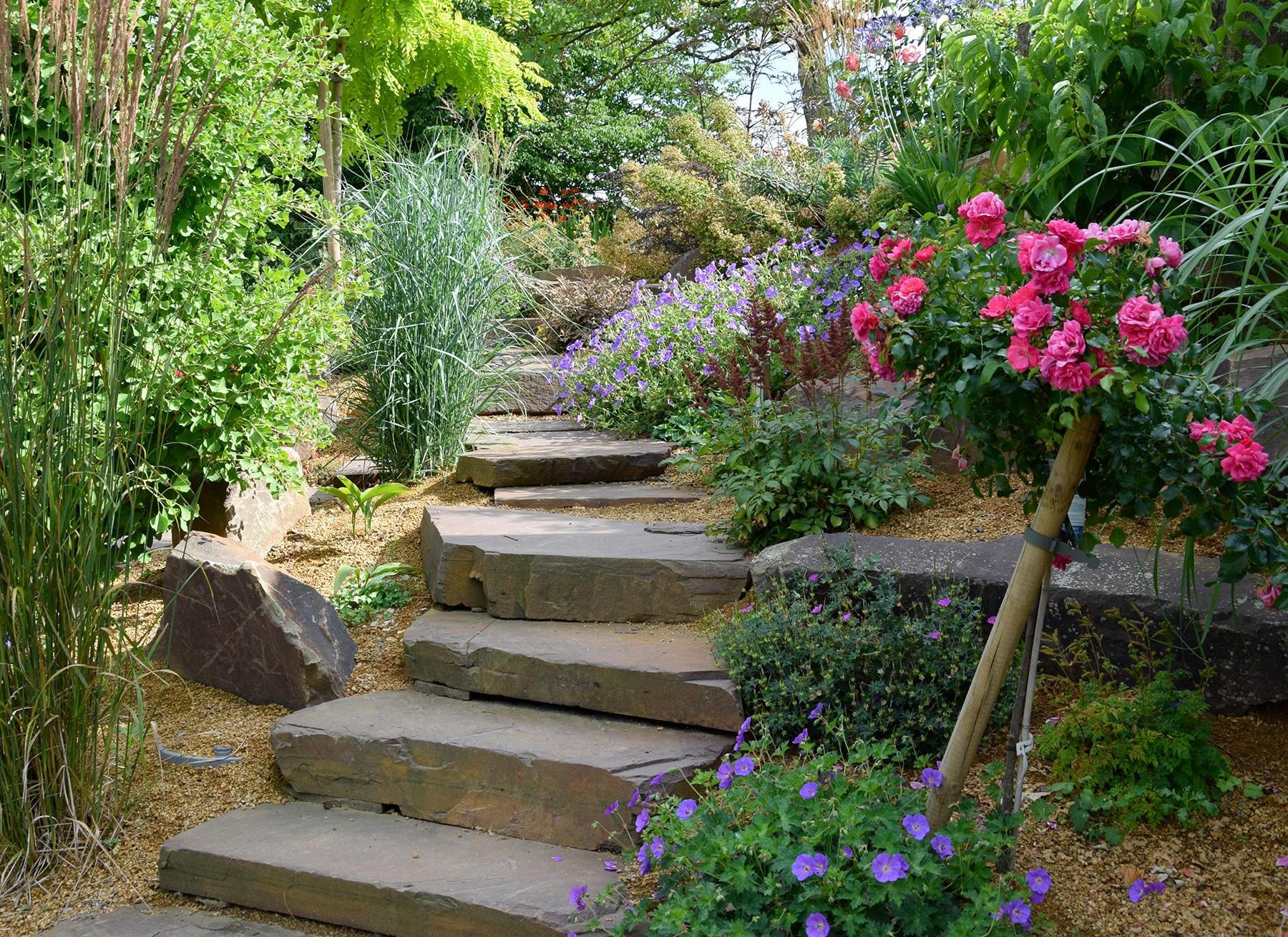 Escalier De Jardin - Aménagement D'escalier Extérieur ... tout Exemple D Aménagement De Jardin