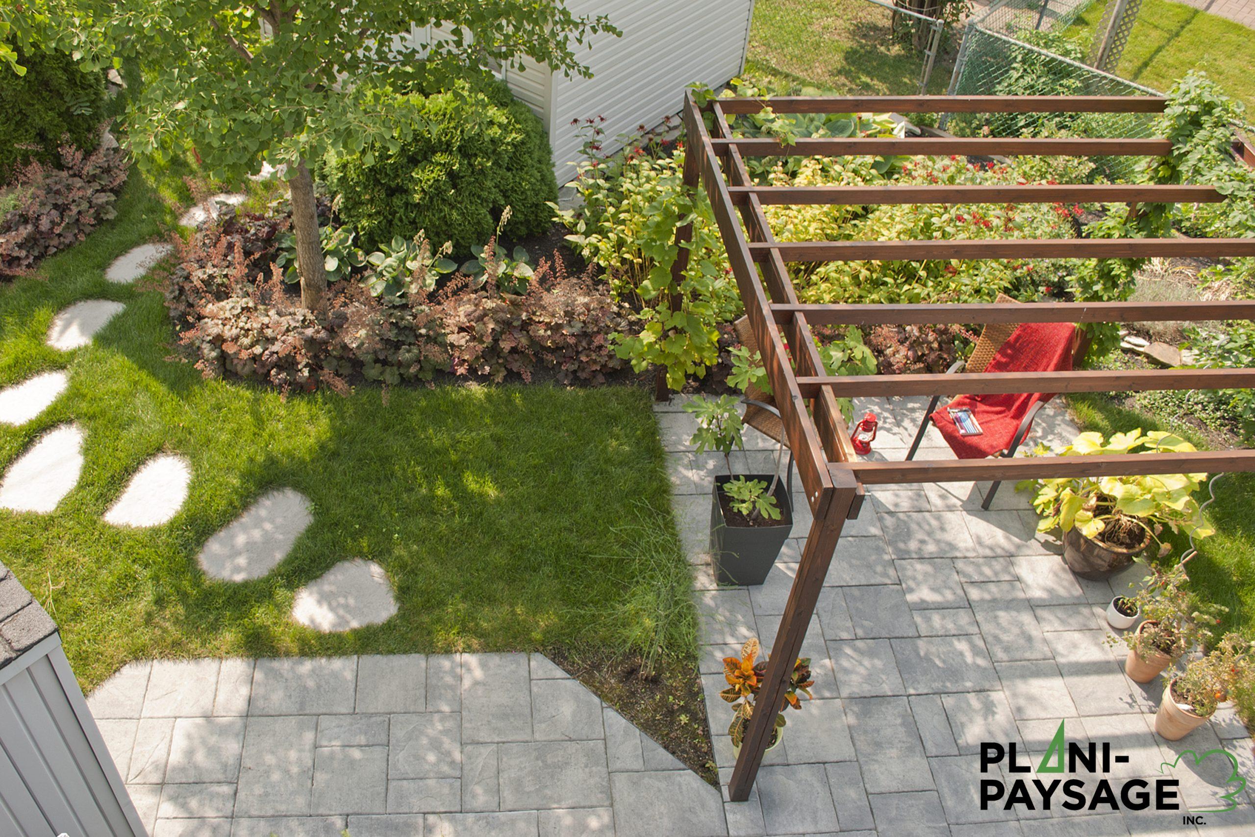 Exemples De Réalisations D'aménagements Paysagers - Plani ... pour Exemple D Aménagement De Jardin