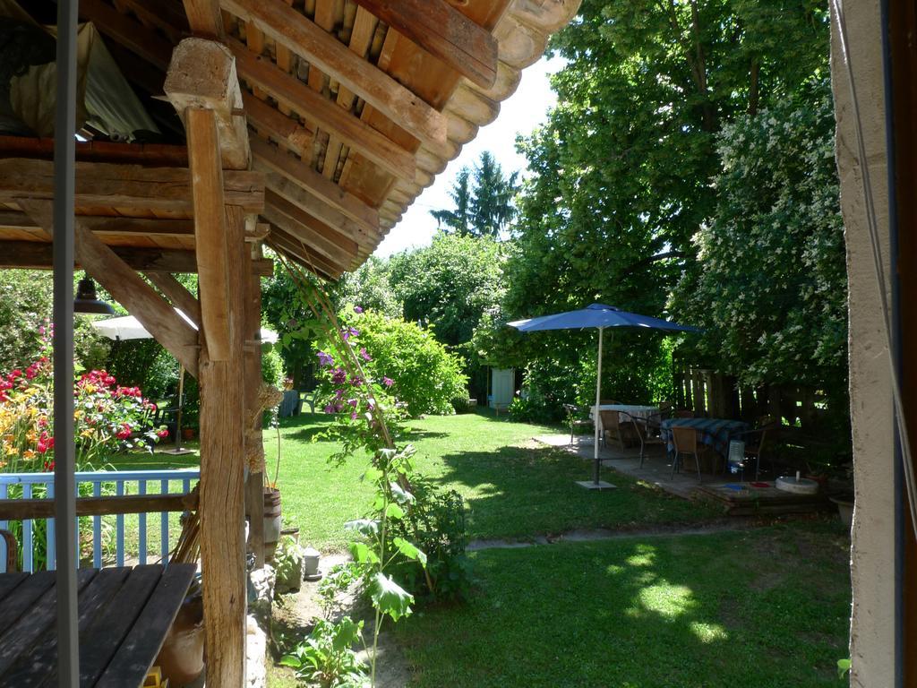 Guesthouse Maison D'hotes Le Jardin, Les Avenières, France ... dedans Pralin Jardin