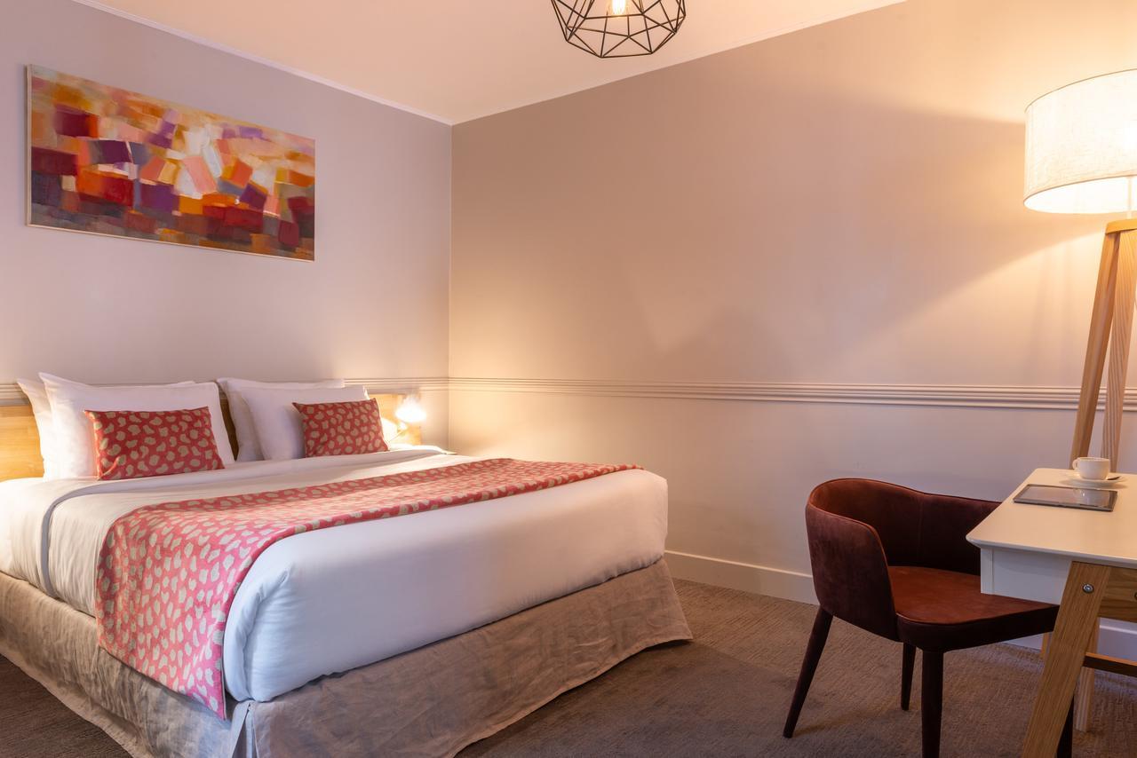 Hotel 29 Lepic (Fransa Paris) - Booking tout Salon Jardin Alice Garden