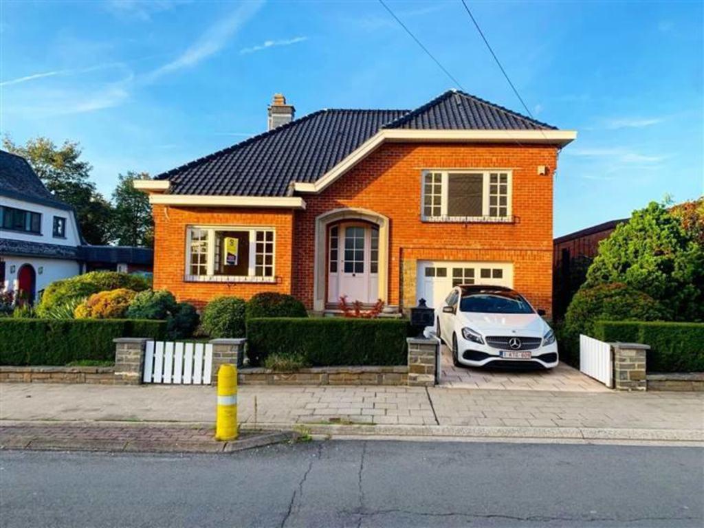 House 3 Rooms For Sale In Grâce-Hollogne (Belgium) - Ref ... dedans Salon De Jardin Cora