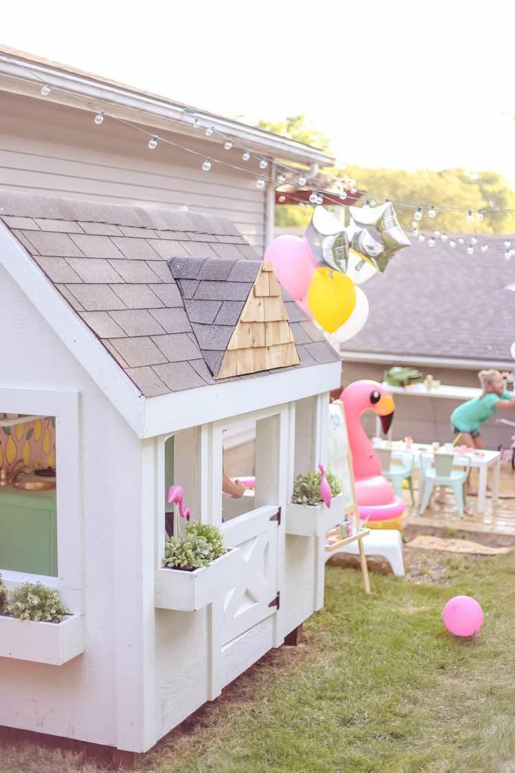Inspiration En Images: Comment Décorer Une Cabane De Jardin ... serapportantà Maison De Jardin Pour Enfant