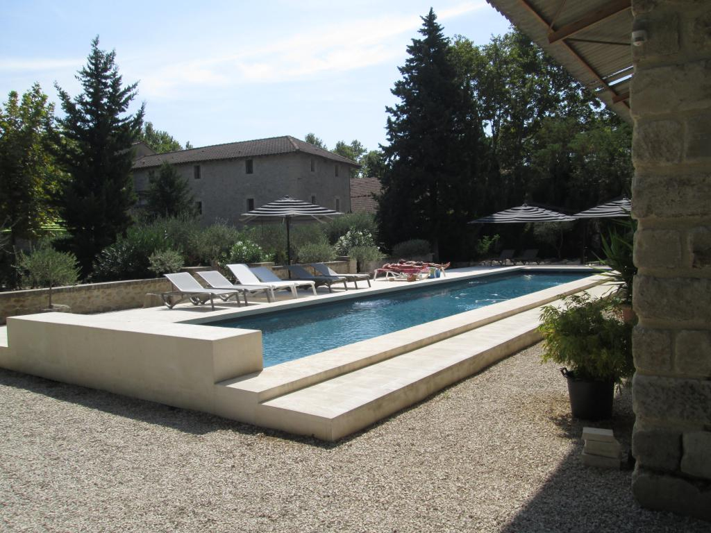 Le Mas Vieux, Graveson, France - Toproomscom dedans Lit De Jardin Double