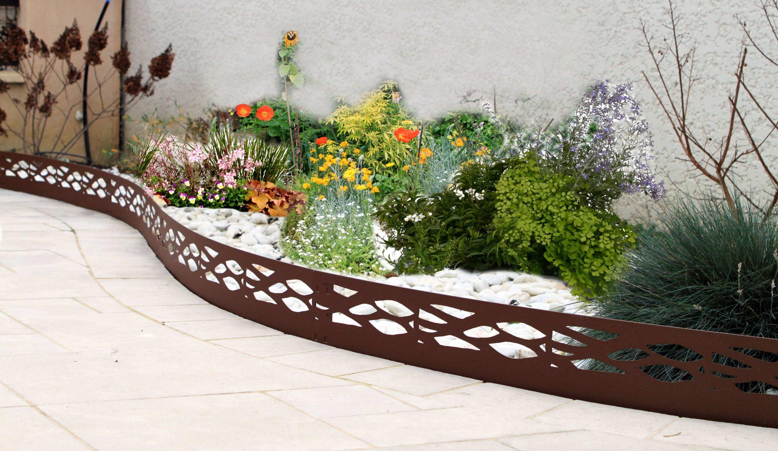 Les Conseils Pratiques De Jardin Et Saisons Pour Installer ... dedans Bordure Jardin Metal
