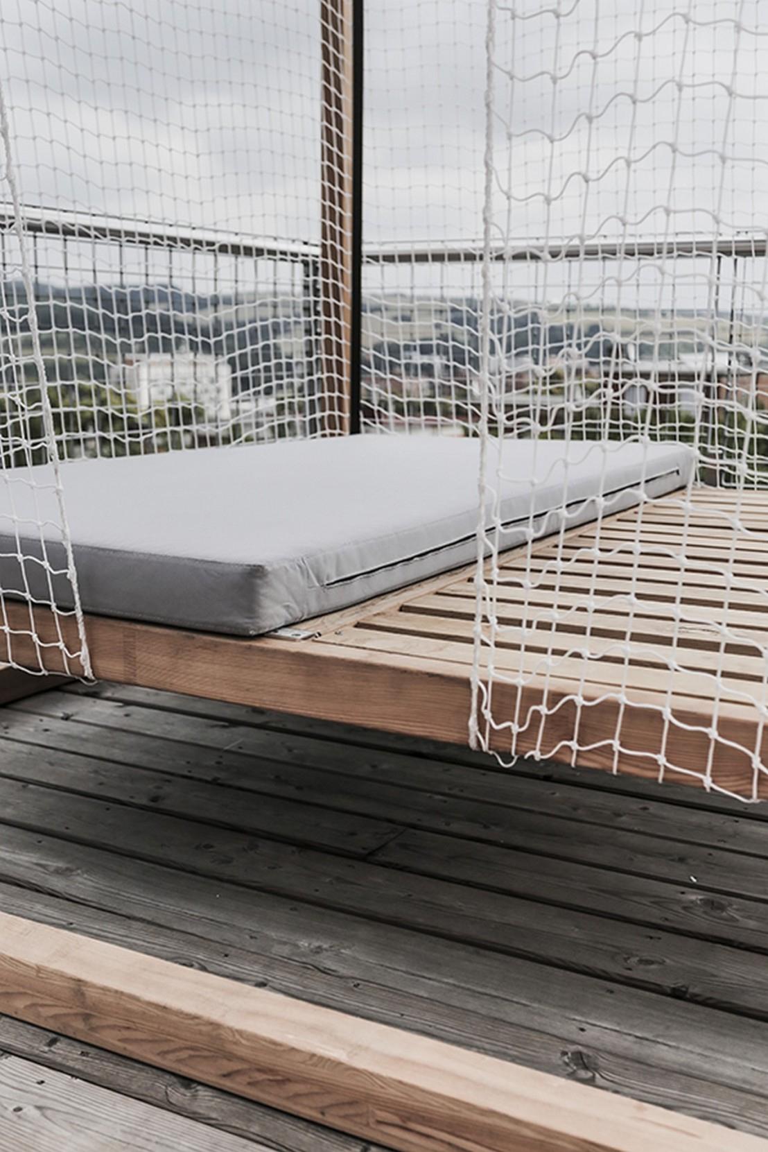 Lit De Jardin Hamac Suspendu En Cage Leva : Mobilier De ... destiné Lit Suspendu Jardin